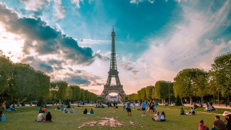 Tour Eiffel & Champs de Mars